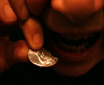 http://magickman.com/shop/graphics/edible-coin.jpg